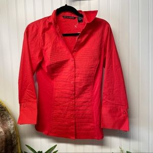 Zac & Rachel NWT Ultimate Fit Red Shirt Size Small